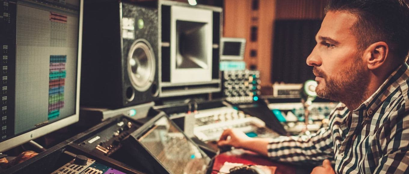 A Guide for a Successful Music Production Career in 2021